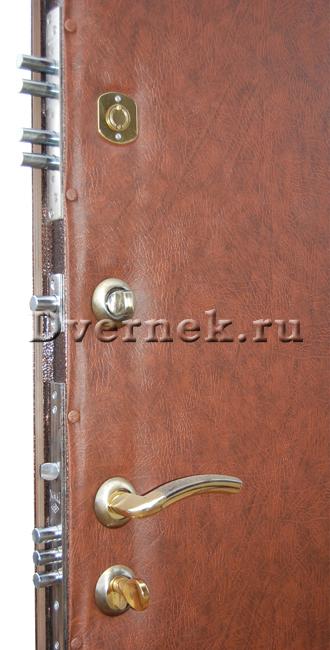 утепленная металлическая дверь на дачу